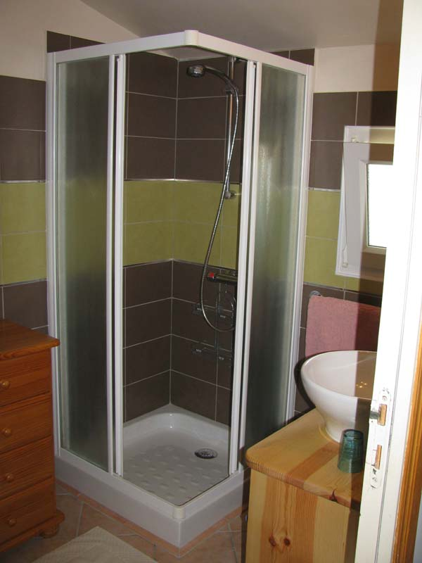 Chambre Rigaudy salle d'eau